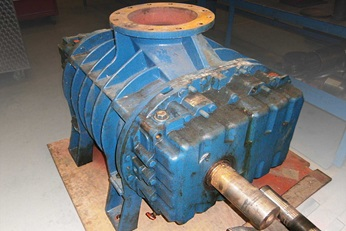 The blower pump unit before repair