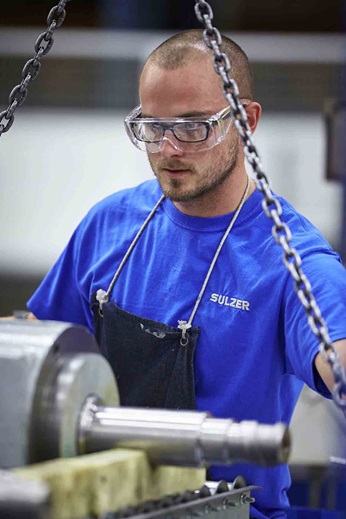 Sulzer's engineers refurbished the rotors and casing to OEM dimensions