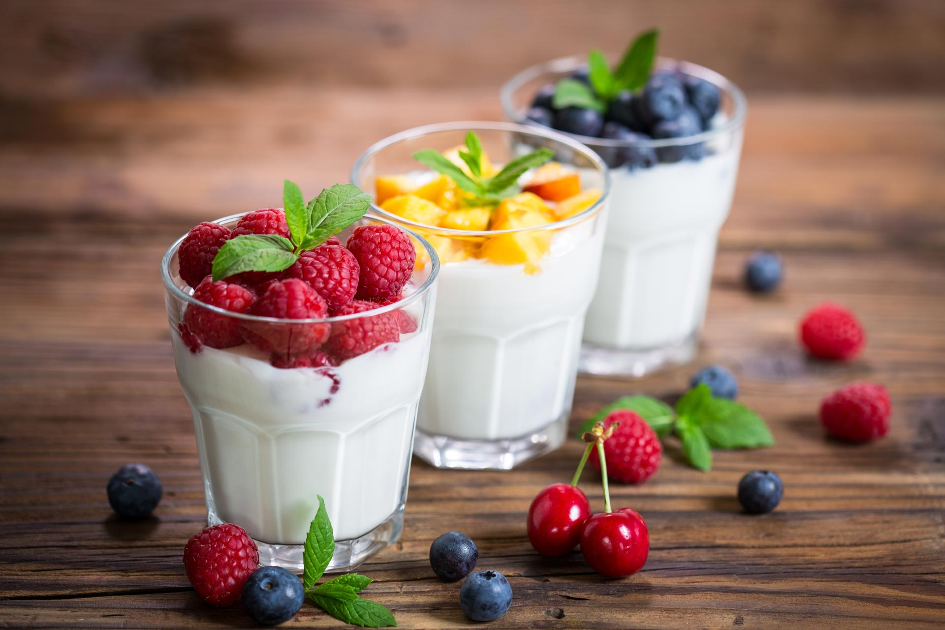 Yogurt with fruit in glass cups