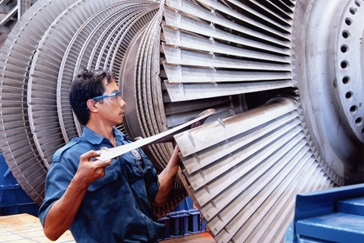 Reblading of a steam turbine