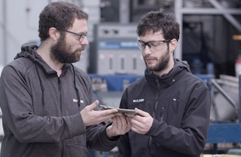 Two sulzer specialists in Buenos Aires service center