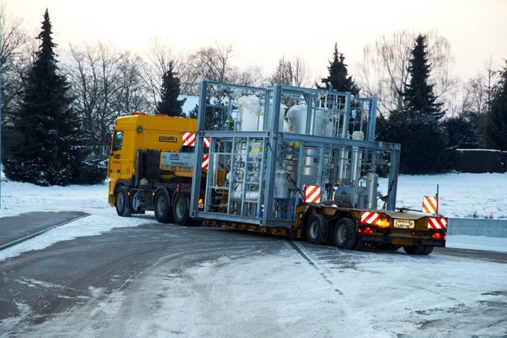 Transport of large parts on trucks in winter time