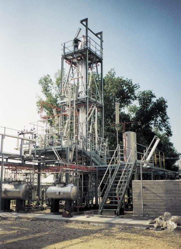 Distillation and vapor permeation unit at customer site