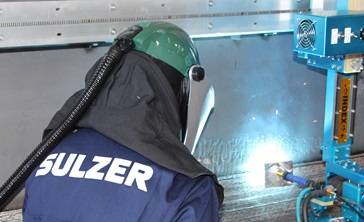 Weld overlay processing with Sulzer employee